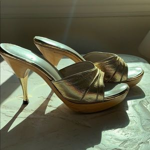 Vintage Gold Polly of California Wood Platforms